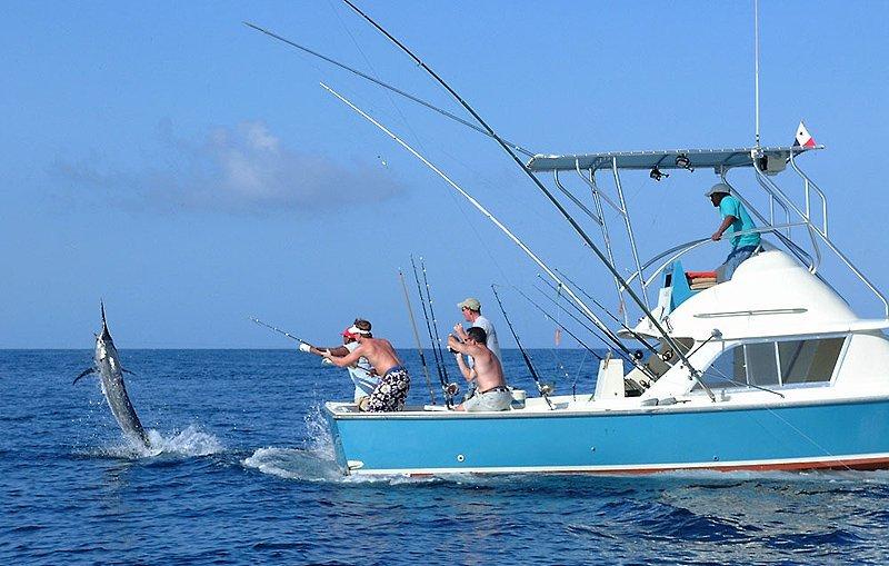 рыбалка с катера в ялте